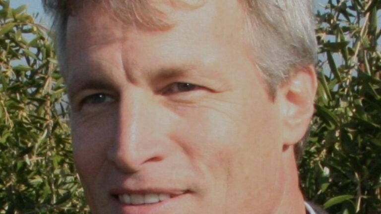 Dan Flynn lascia la direzione dell'Olive Center della UC Davis