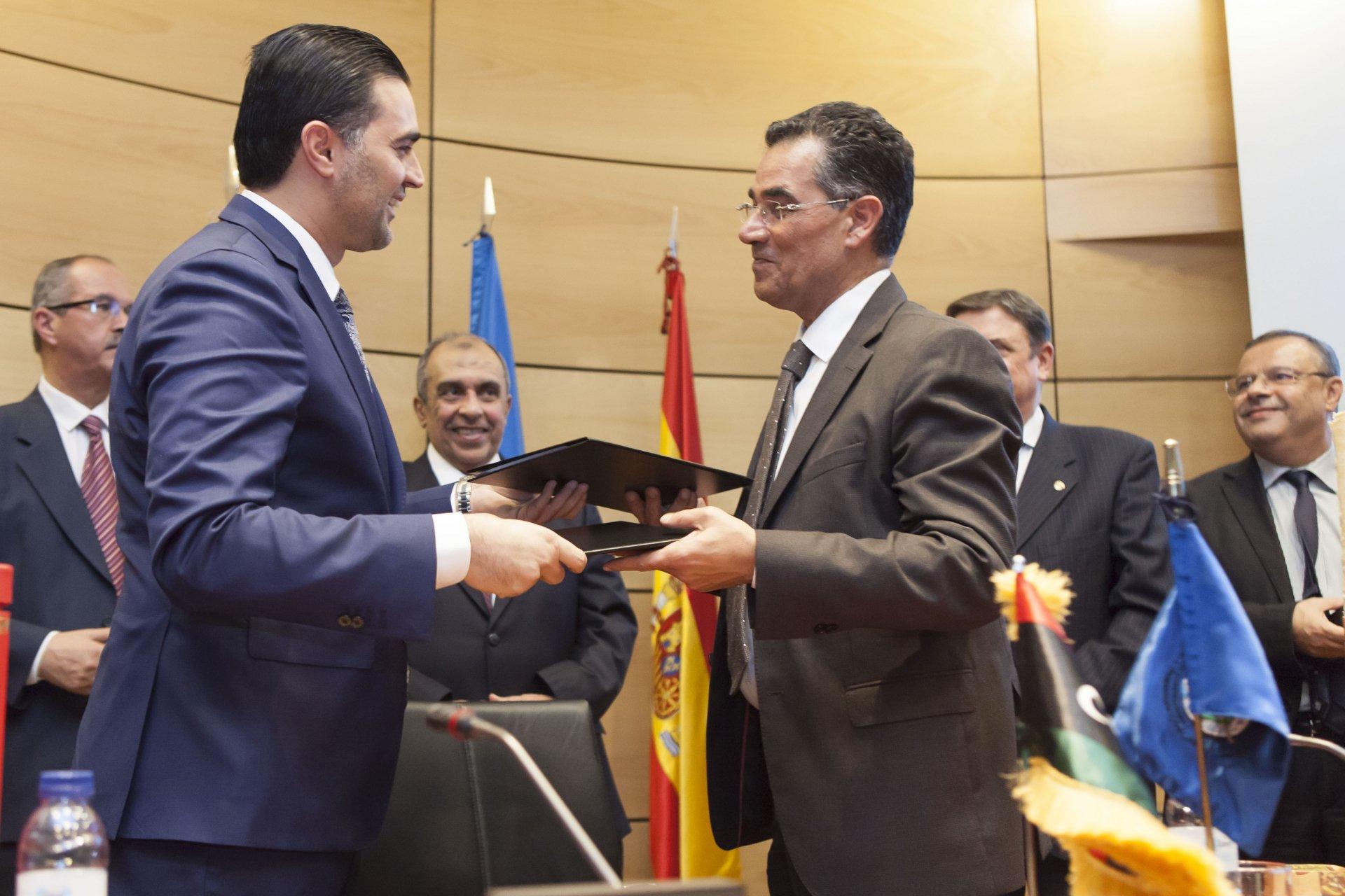 Accordo di collaborazione tra Consiglio oleicolo internazionale e Libia