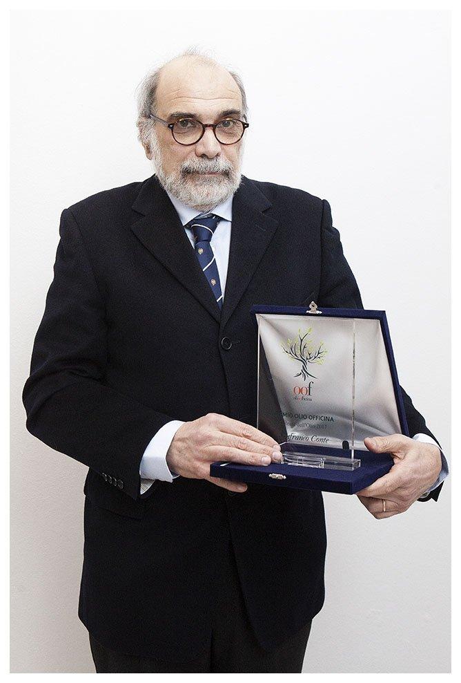 Premio OOF a Lanfranco Conte