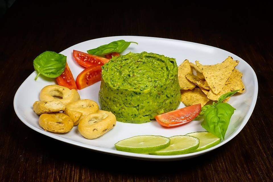Salsa verde alla cipolla egiziana ligure, prezzemolo, coriandolo e lime