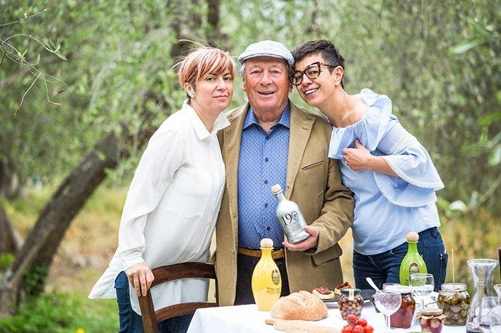 Il Premio Olio Officina cultura dell'olio ad Antonio Mela