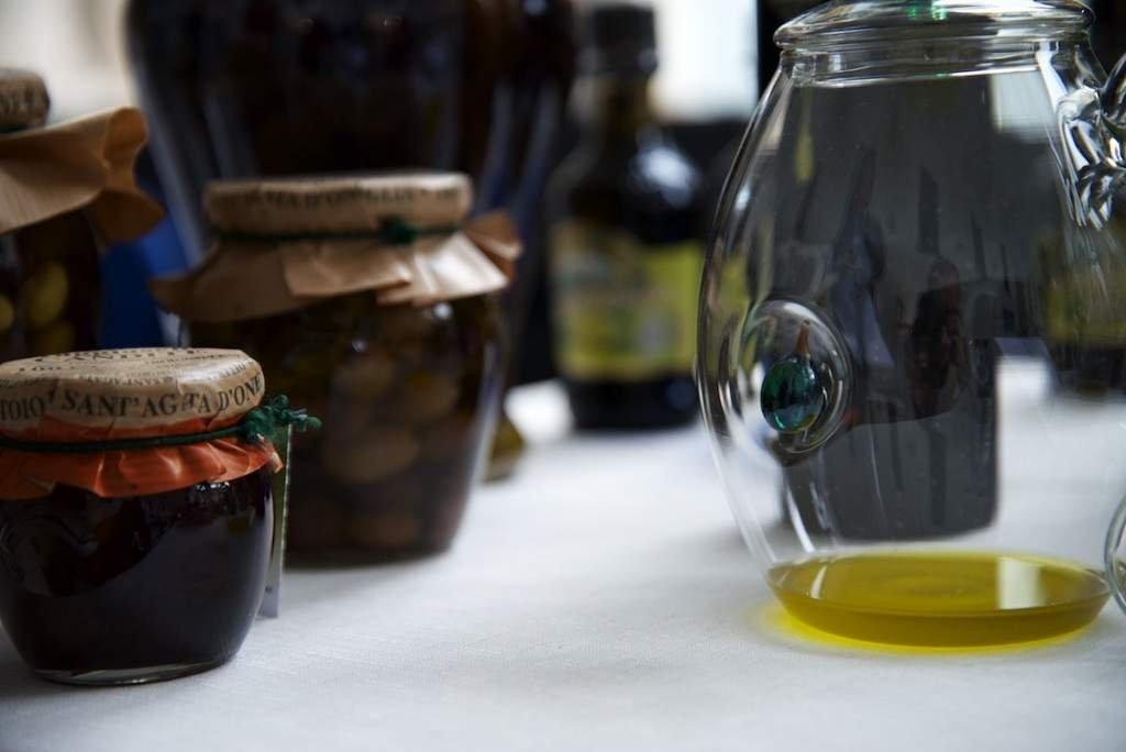 Filetto di merluzzo al pomodoro e olive nere Taggiasca