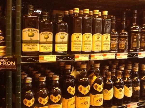 Unioncamere e Bmti, nuovo calo mensile per l'olio da olive: - 4,2%