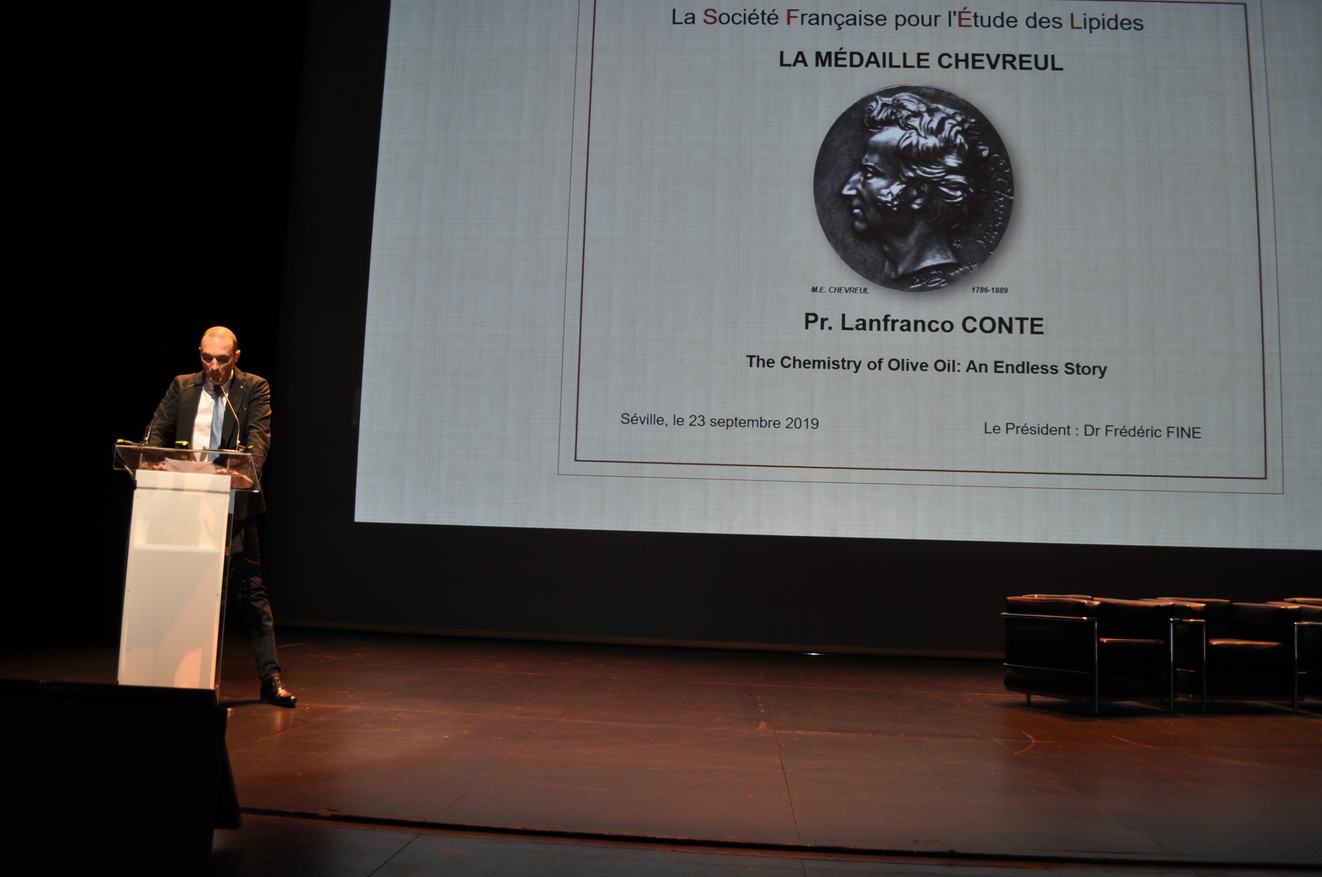 La Medaille Chevreul conferita al professor Lanfranco Conte