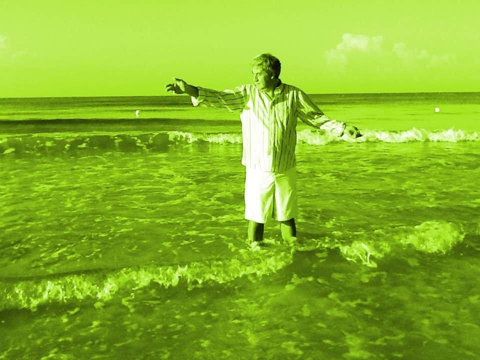 L'olio, il mare, una capanna