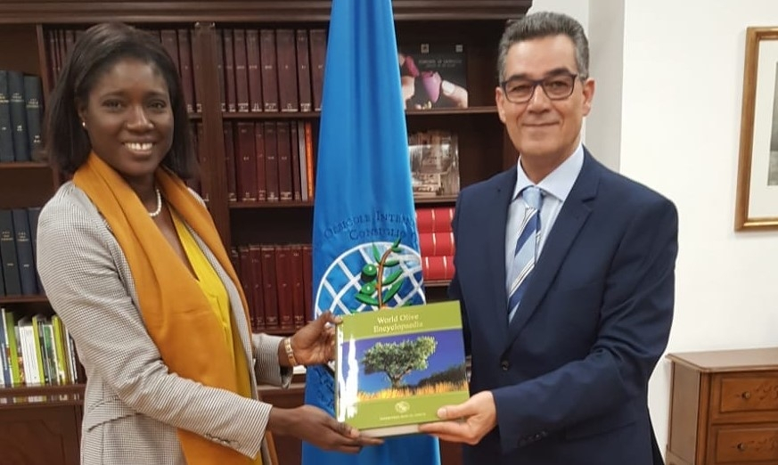 Senegal's Ambassador visiting the International Olive Council