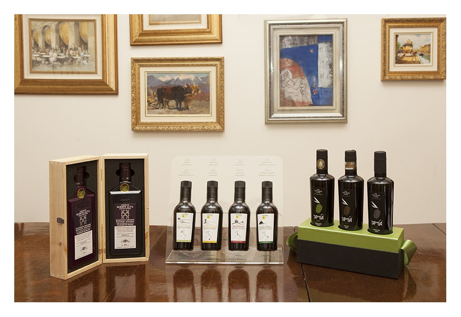 The winners of the 2015 Forme dell'Olio contest