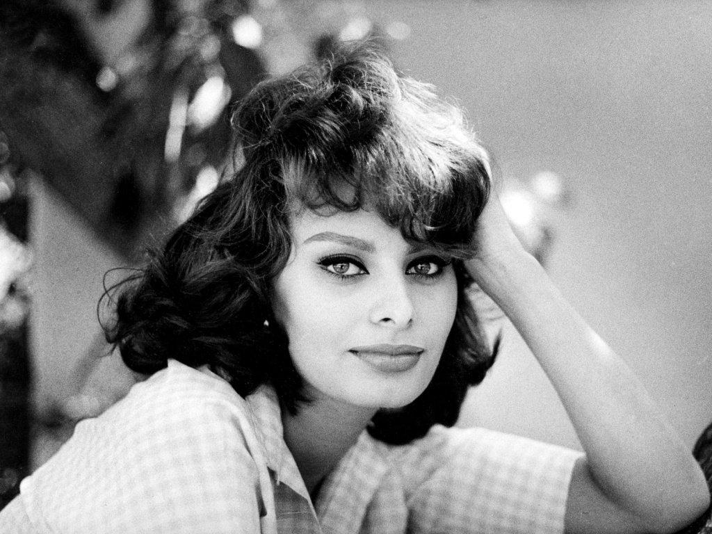 Sophia Loren turns 80