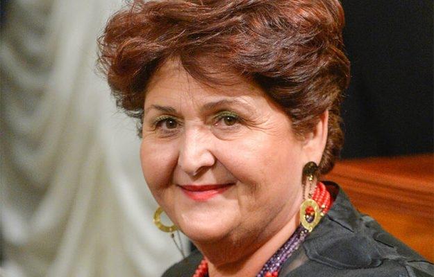 La Ministra Bellanova si presenta dopo la cerimonia al Quirinale
