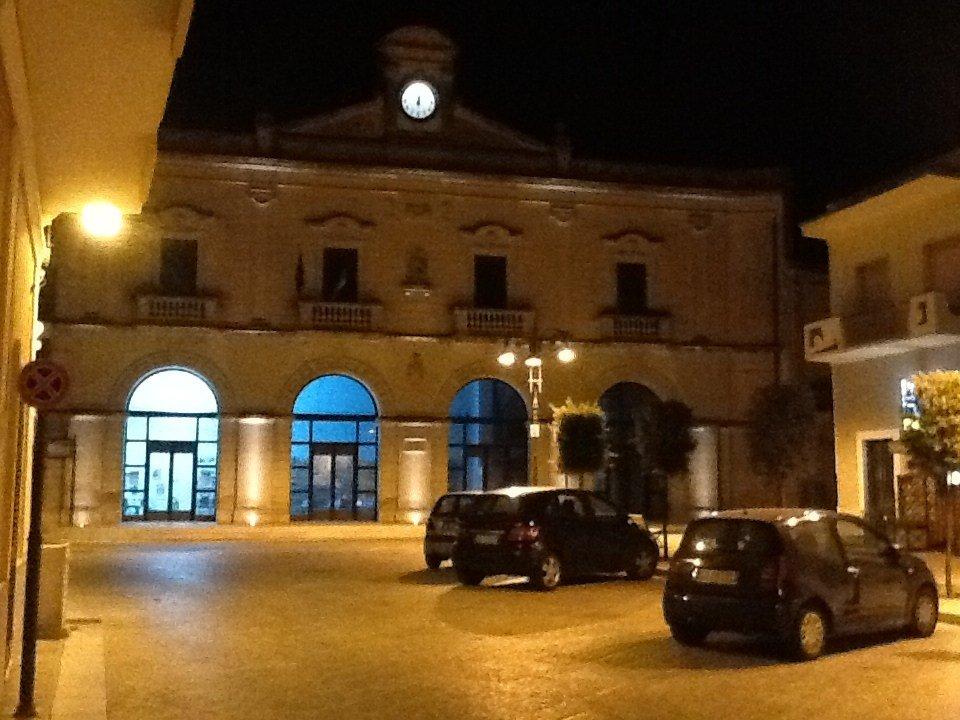 La Casa dell'Olivo vista di notte