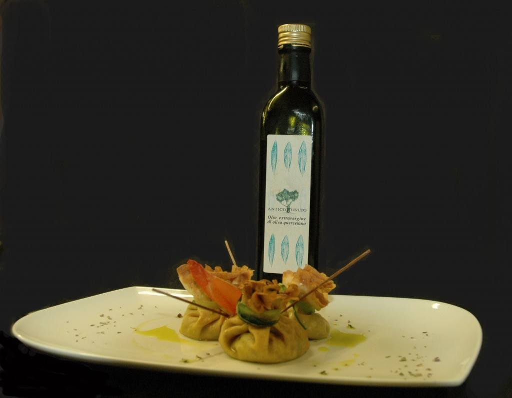 Fagottino di crespella all'olio da olive Quercetano