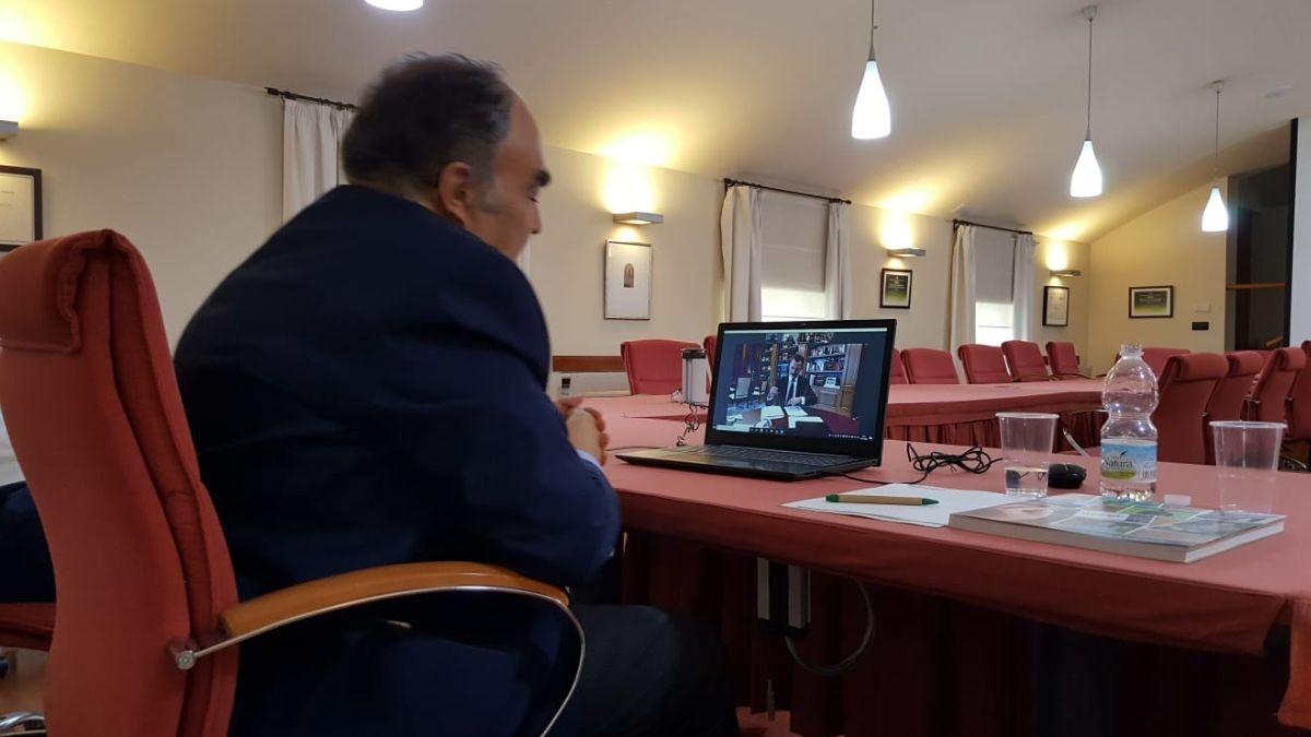 Covid 19, in Spagna Dcoop si attiva con l'olio altruistico e altre iniziative solidali