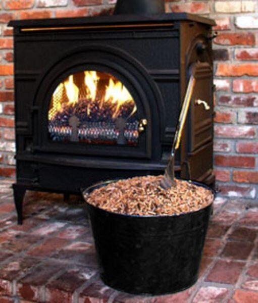Non basta dire riscaldamento a biomasse. Occorre educare contro le polveri sottili