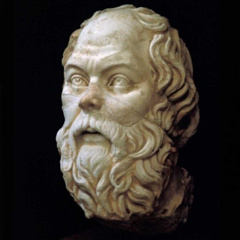 Cosa ci guadagniamo a leggere (o rileggere) Socrate nell'era dei social?