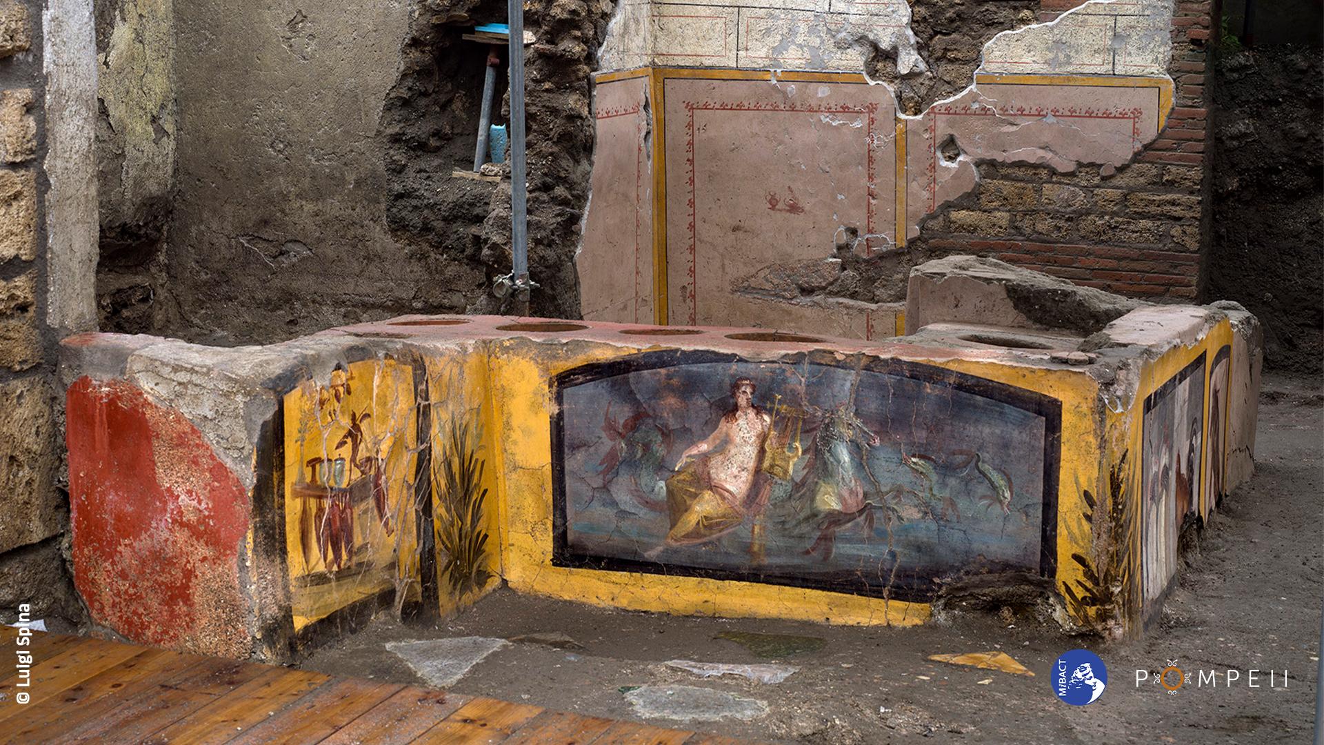 Cibo di strada ante litteram. Tracce di alimenti nei recipienti del Termopolio nel Parco archeologico di Pompei