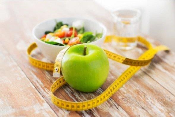 Tornare al peso forma dopo le vacanze. Quattro motivi per mangiar sano