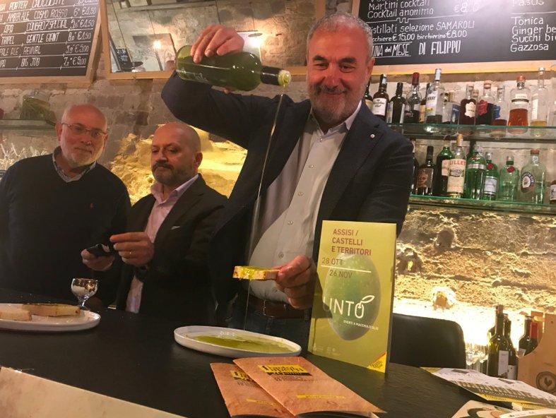 In Umbria i frantoi diventano luoghi d'incontro e socializzazione