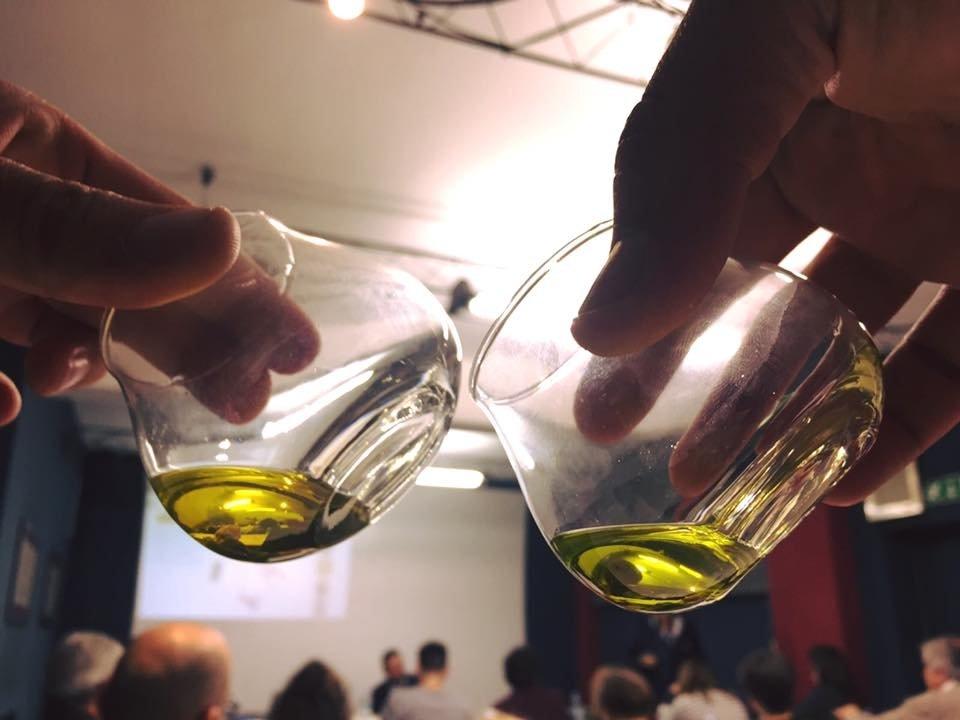L'olio insegnato dall'Ais