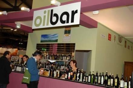 Oil Bar, ultimi giorni per partecipare con gli extra vergini ed entrare nella carta degli oli