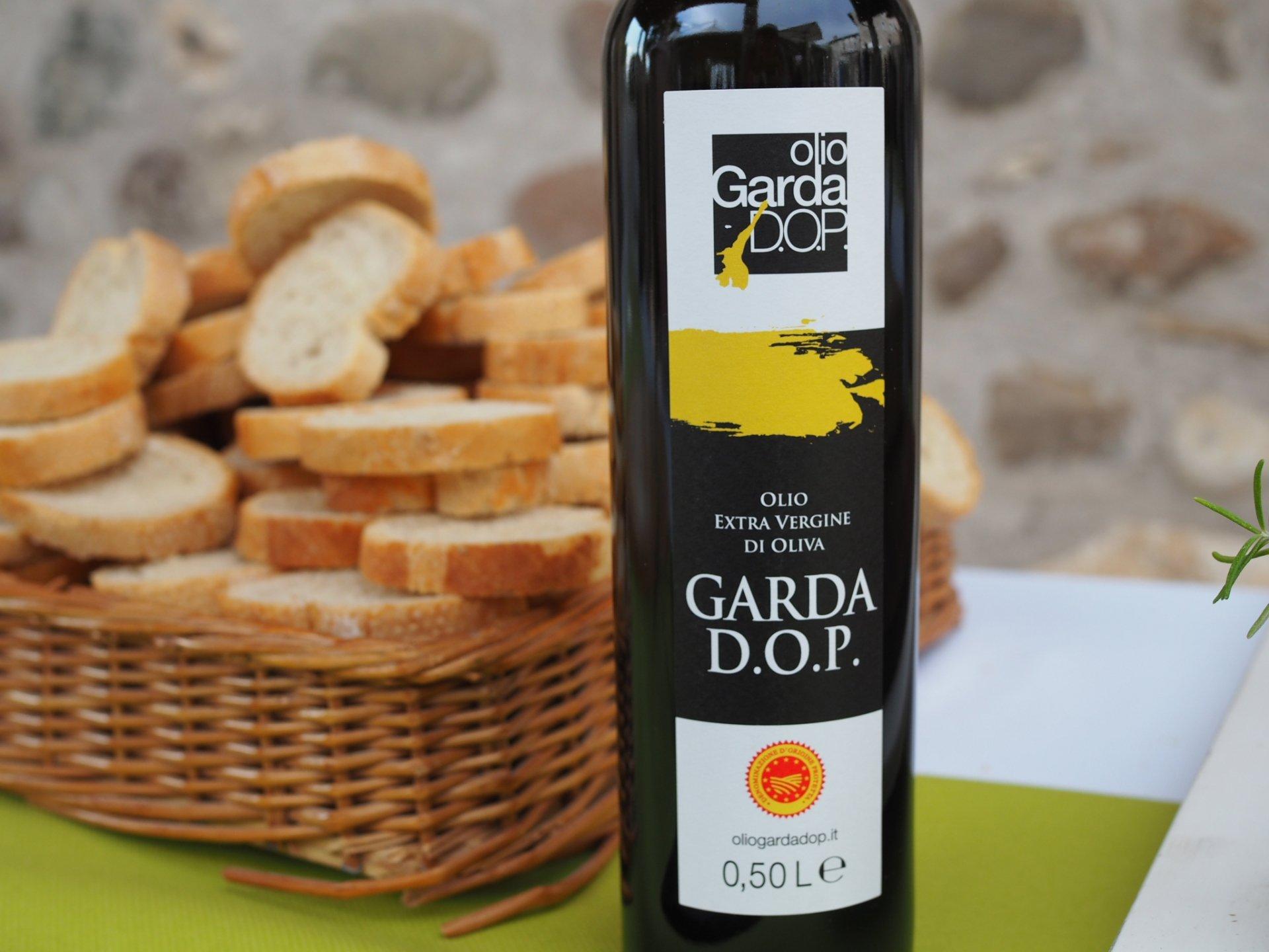 È stato richiesto lo stato di calamità per l'olio Dop Garda
