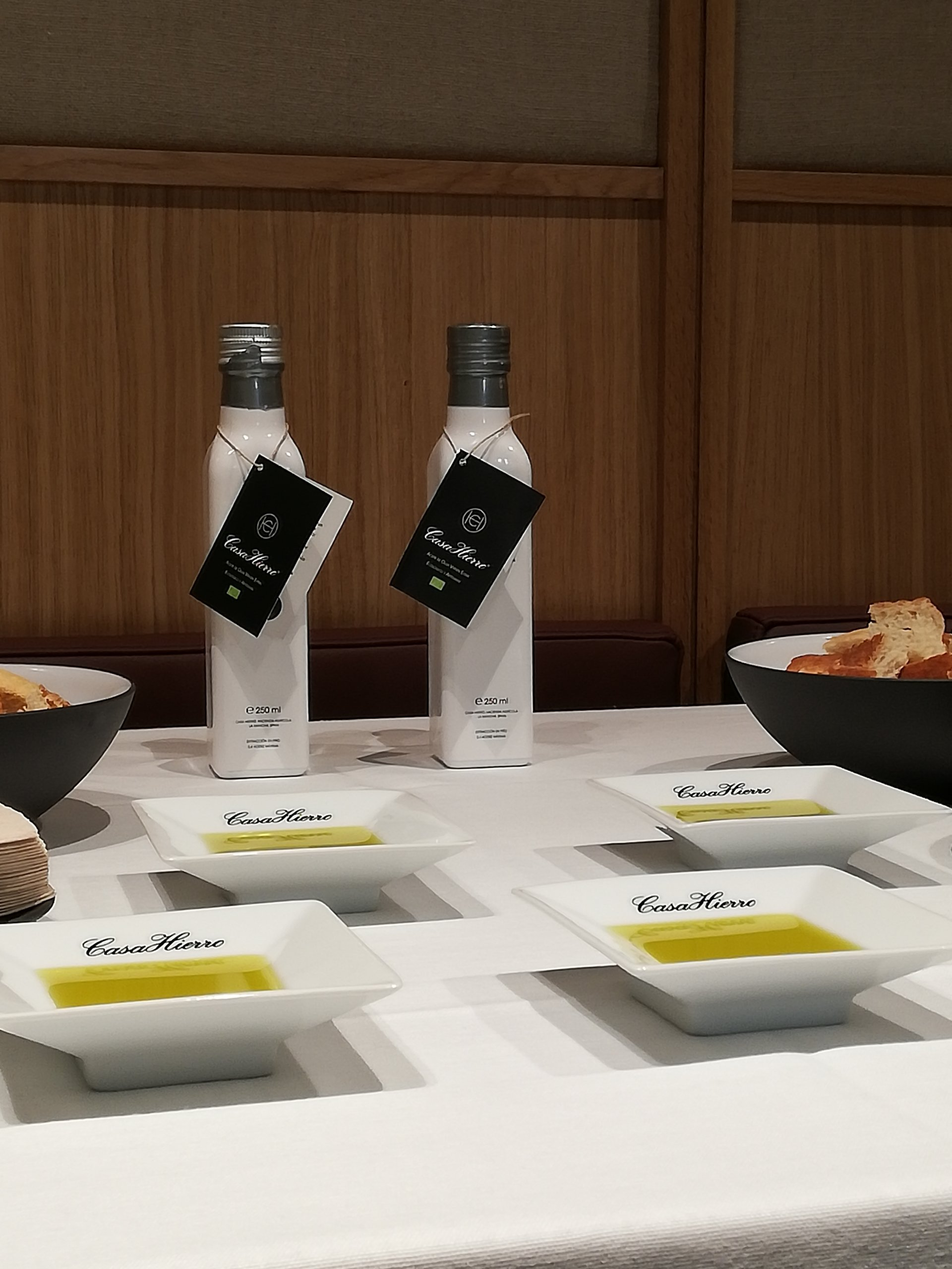 World Olive Day: celebrations at Casa Hierro, the Aove brand