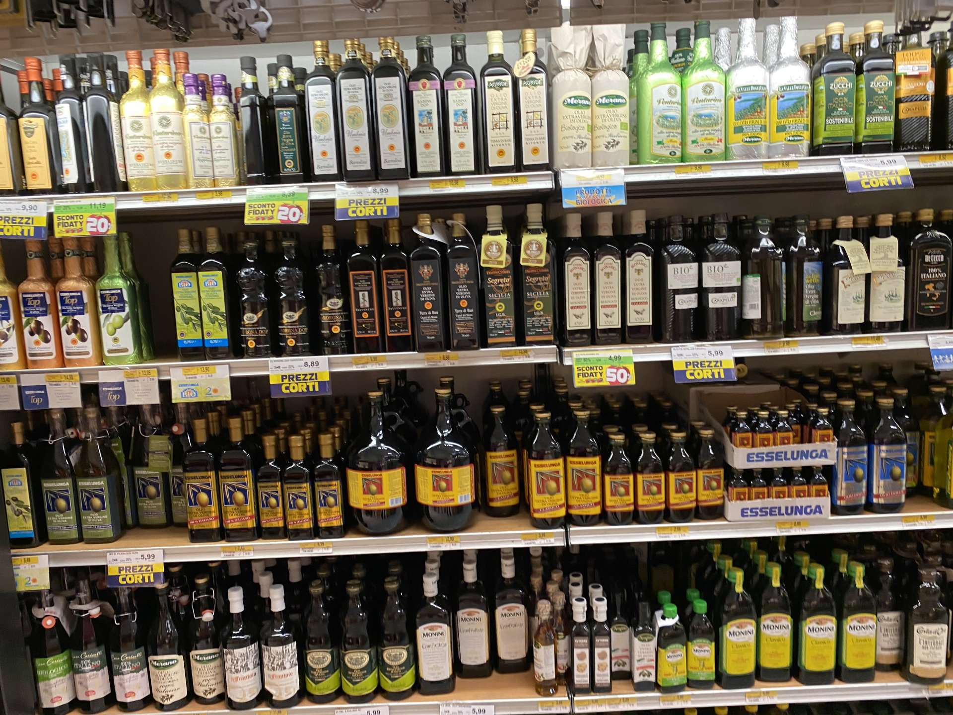 Olive oil stocked In Italy. Update of 15 July 2020