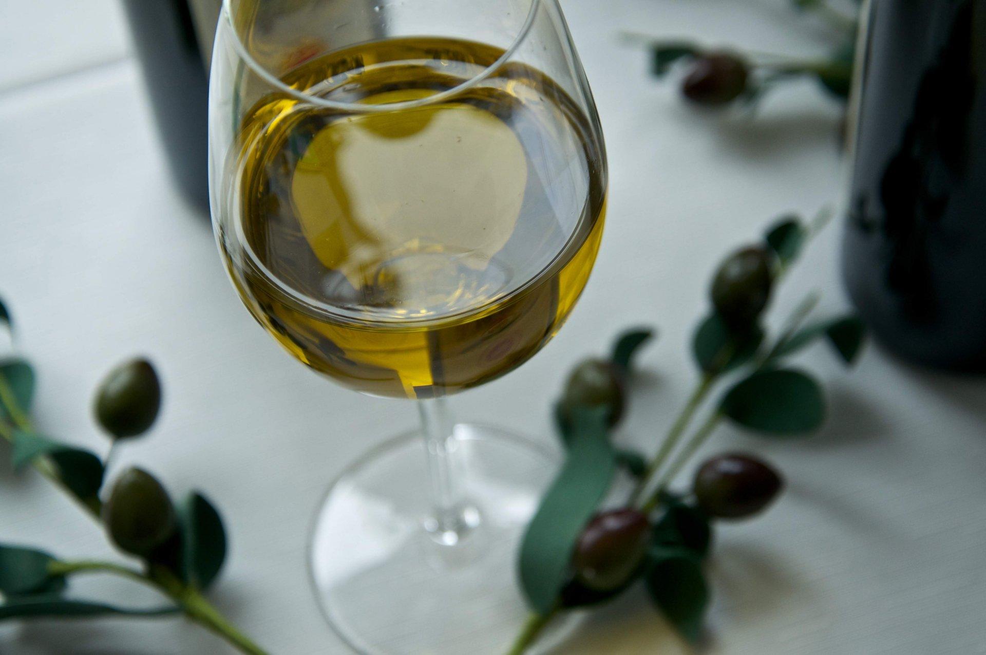 Olio d'oliva e salute. Le virtù dell'extra vergine