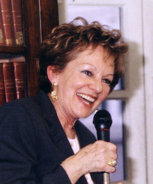 Maria Novaro