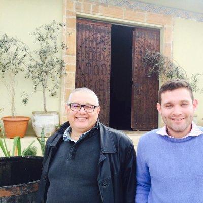 Il padre Fethi Bichiou con il figlio Aymen