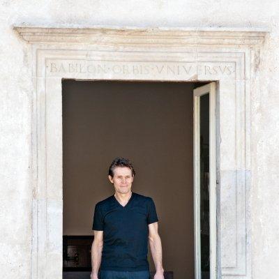 Willem Dafoe alla finestra di Casa Menotti - 2013 © Fabian Cevallos