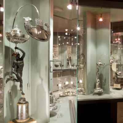 MOO Museo dell'Olivo e dell'Olio - Fondazione Lungarotti, Torgiano (PG) - Sala VII, Olio come fonte di luce