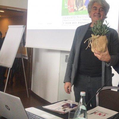 Direttore Luigi Caricato assieme a Chiara Del Vecchio e Massimo Cocchi, docente dell'Università di Bologna