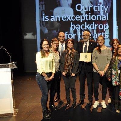 Il gruppo di lavoro del professor Lanfranco Conte con Frederic Fine, presidente della Societè Francaise pour l'Etude des Lipides e Alissa Mattei
