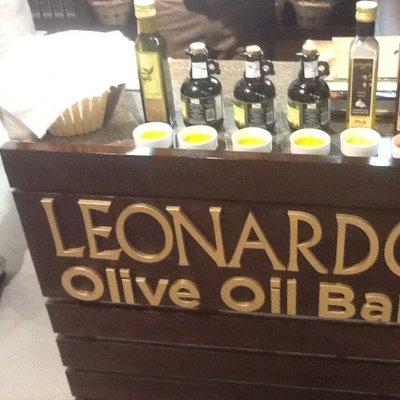 L'Oil Bar Leonardo in India